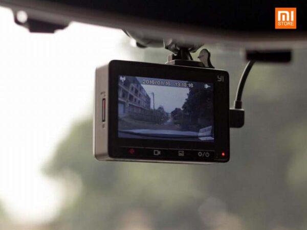 camera hanh trinh xiaomi yi dashcam 1080p 2