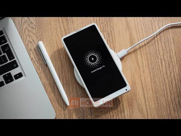 De sac nhanh Xiaomi MDY 09 EU 18W khong day chuan QI 5