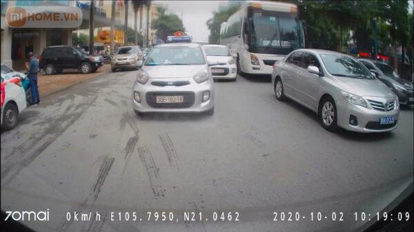 Camera hanh trinh phia sau Xiaomi 70mai RC06 2